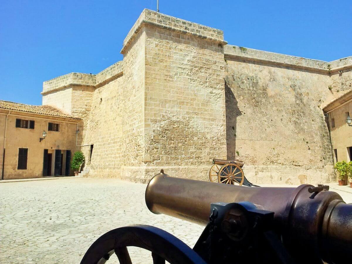Museo Histórico Militar de San Carlos