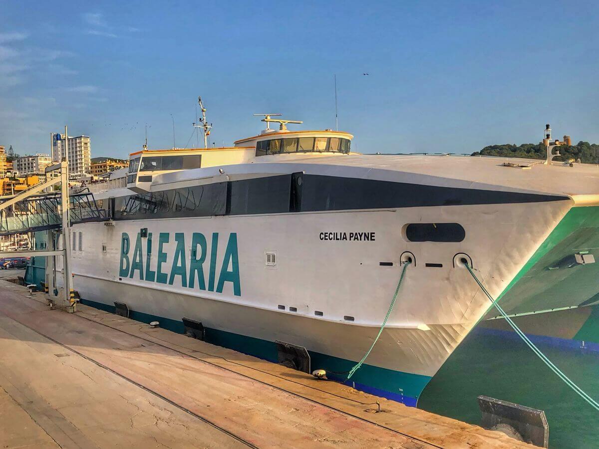 Balearia rumbo a Ibiza