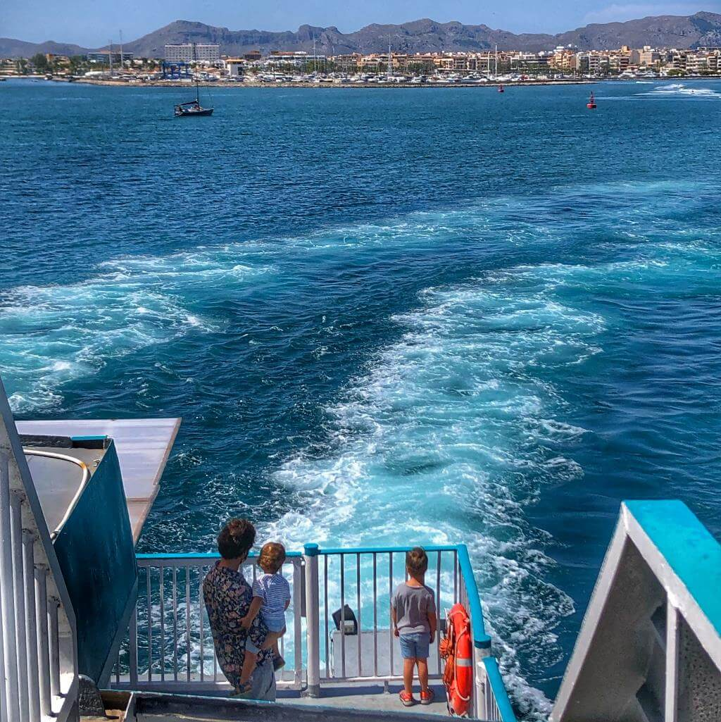 Salida desde el Puerto de Alcúdia con Balearia