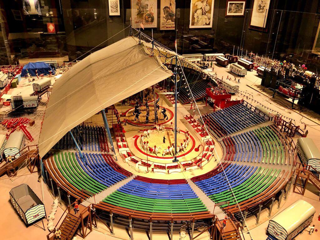 Circusland: Palacio Internacional del Circo de Besalú.